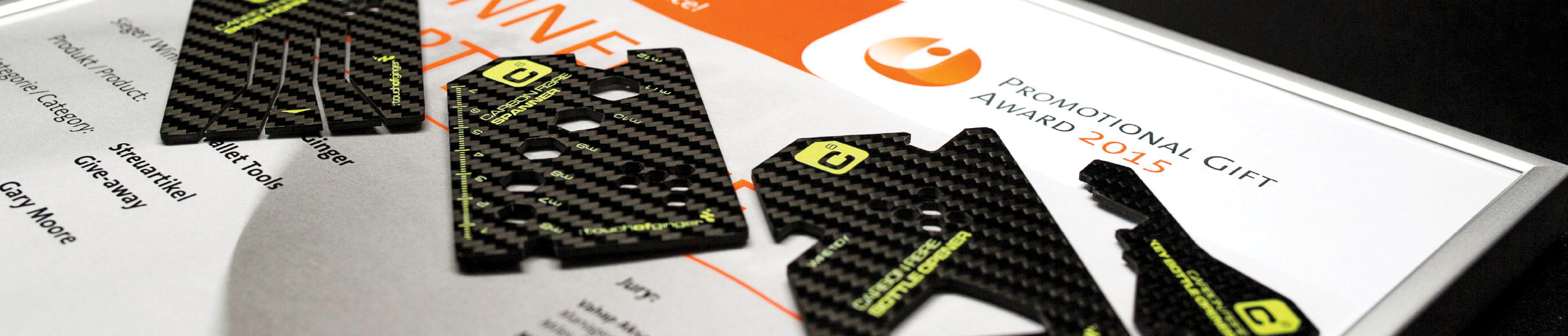 Carbon fibre wallet tools